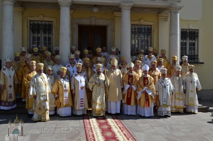 http://tv.ugcc.org.ua/media/gallery/full/d/s/dsc_0060_832f4.jpg