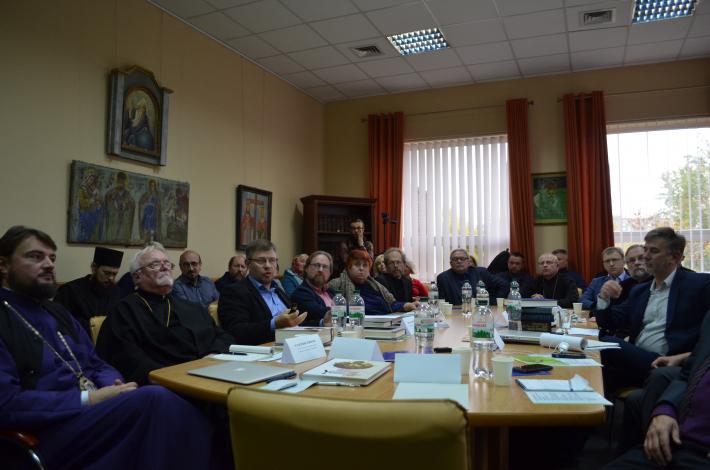 «Проповідувати єдність, а не ненависть», –  у Львові богослови обговорили моделі об'єднання Київської Церкви