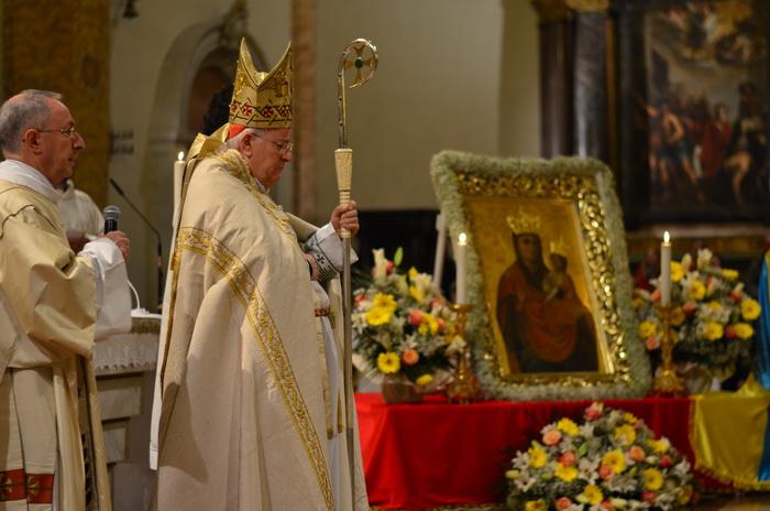 Перед іконою Зарваницької Богородиці молився Голова Єпископської конференції Італії