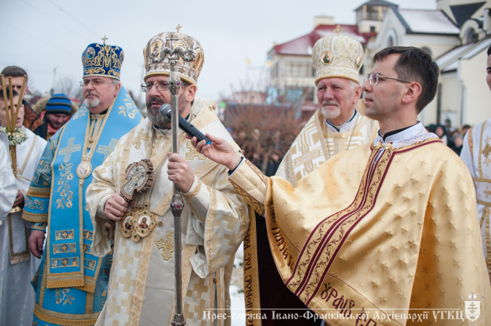 Блаженніший Святослав в Івано-Франківську освятив наріжний камінь під будівництво дитячого садочка