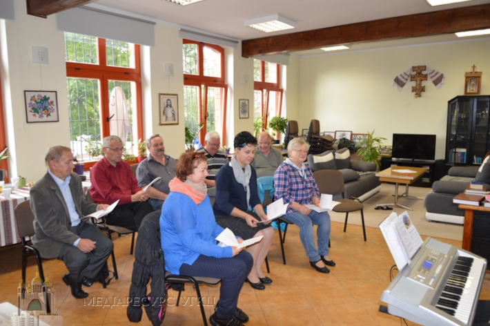 «Утреня Пасхи»: у Польщі провели вишкіл церковного співу