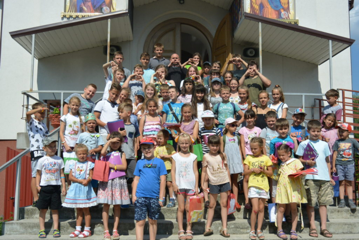 У Ковелі провели англомовний табір для дітей «Різдво у…липні»