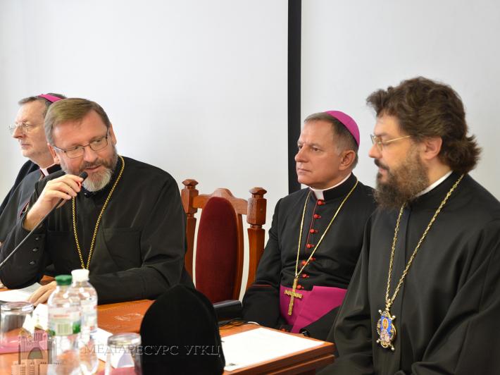 Представники РКЦ в Україні, УПЦ (МП) та УПЦ КП привітали Синод Єпископів УГКЦ з початком роботи