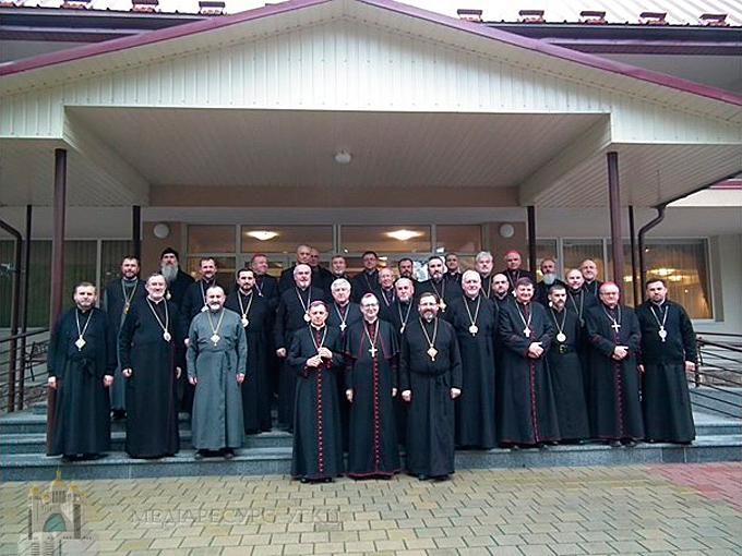 У Брюховичах проходять спільні реколекції єпископів УГКЦ та РКЦ в Україні
