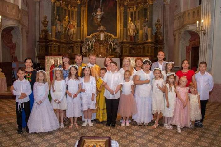 У Будапешті вперше відбулася Перша Сповідь та Урочисте Причастя для дітей