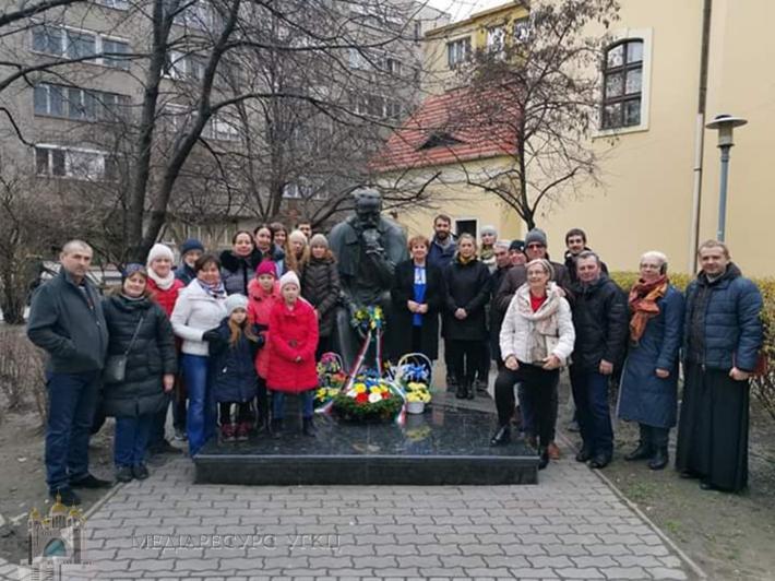 Українська громада в Угорщині вже традиційно вшанувала пам'ять Кобзаря
