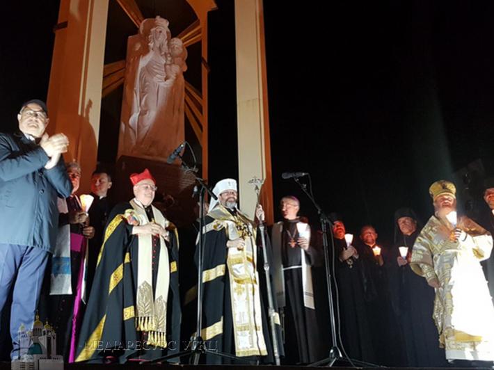 «Потрібна молода енергія, щоб перемогти втому старого й переможеного суспільства», — кардинал Ґвалтьєро Бассетті до прочан у Зарваниці