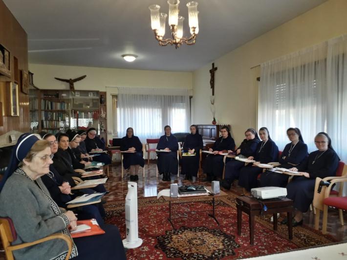 Сестри служебниці провели міжнародну зустріч сестер, відповідальних за формацію у провінціях