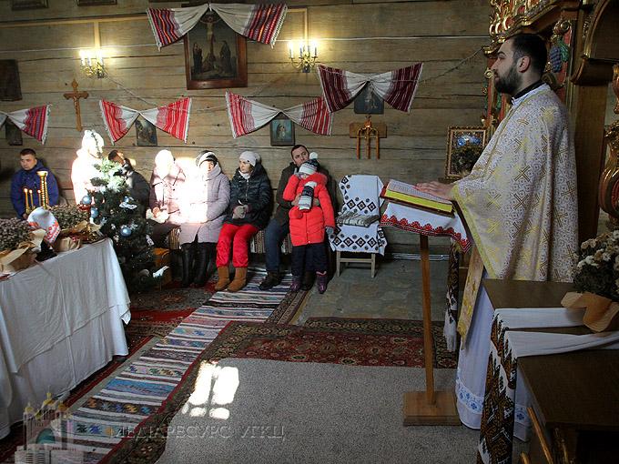 Кавування після Літургії як елемент живої парафії у Пирогові