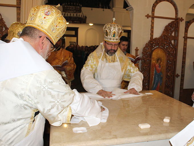 Відеосюжет про освячення храму Благовіщення в Патріаршому домі у Львові