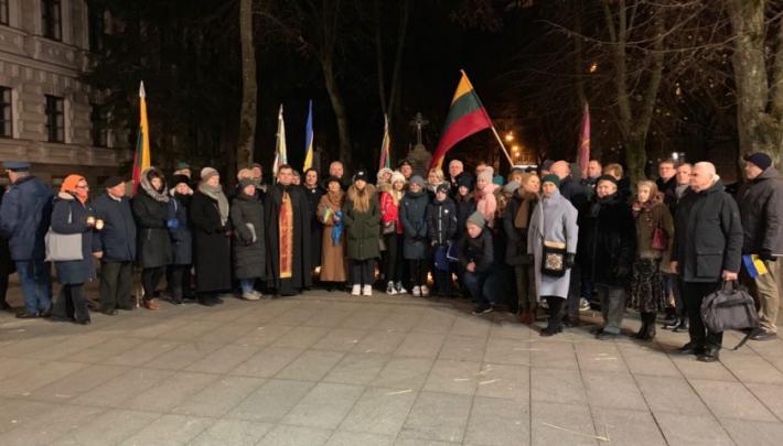 У Вільнюсі вшанували пам'ять жертв Голодомору 1932-1933 років в Україні