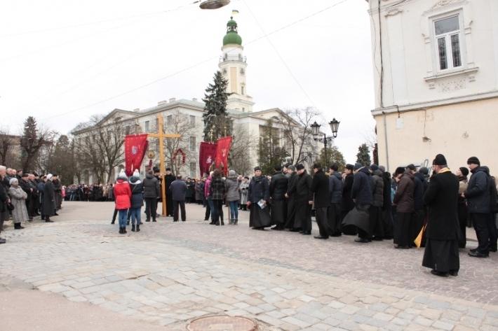 У Дрогобичі відбулася Хресна хода вулицями міста