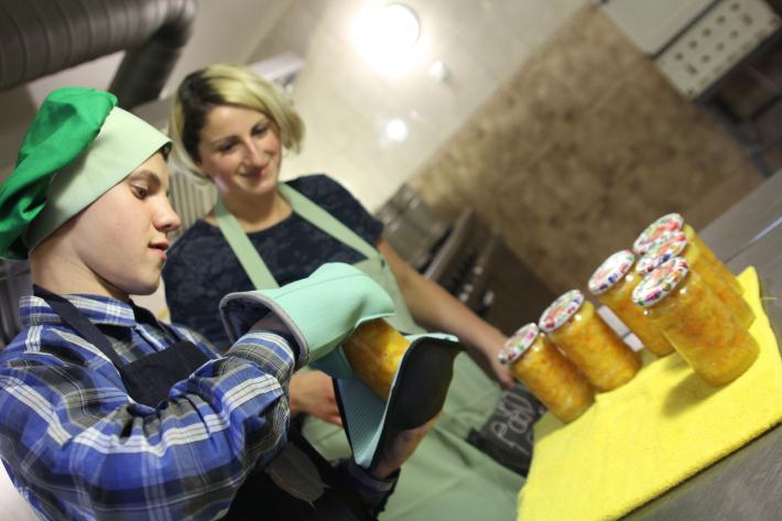 Вихованці Дитячої кулінарної школи «Казанок» при «Центрі опіки сиріт» УГКЦ візьмуть участь у кулінарному шоу