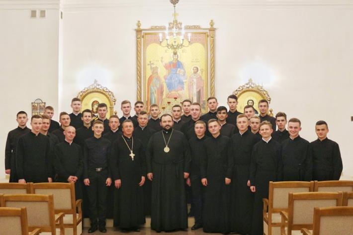 Владика Петро (Лоза) відвідав вірних Сокальсько-Жовківської єпархії, які навчаються в Івано-Франківській духовній семінарії