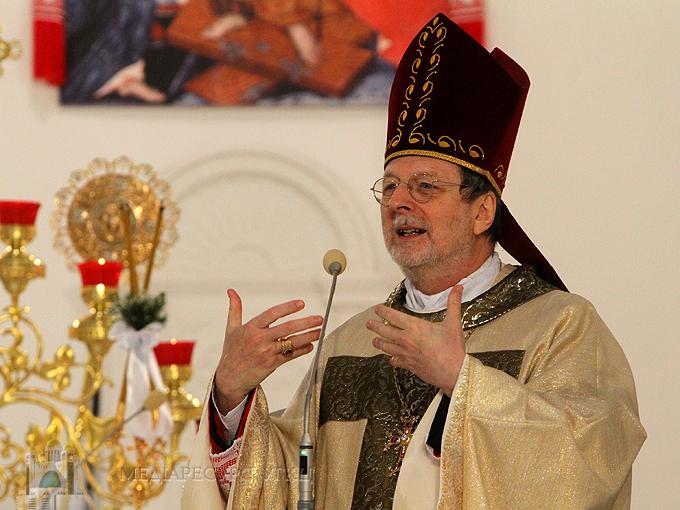 Апостольський нунцій в Україні передав вітання і благословення Святішого Отця Франциска з нагоди Різдва
