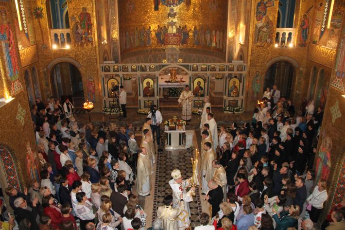 """""""Христос воскрес, бо Він любив"""",  – владика Діонізій в соборі Святої Софії в Римі"""