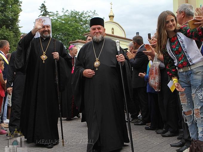Глава УГКЦ привітав митрополита Василя Семенюка з нагоди трьох ювілеїв