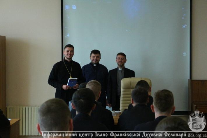 Представники Комісії УГКЦ у справах родини разом  із семінаристами розробляють нову програму формації майбутніх священиків