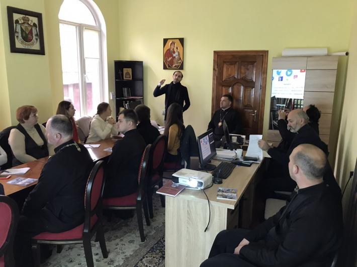 У Чернівцях вперше відбувся формаційний семінар для парафіяльних прессекретарів Чернівецької єпархії УГКЦ