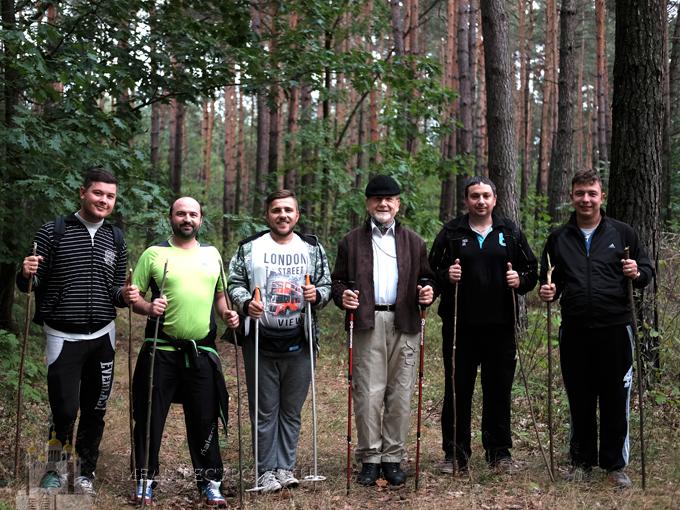 У Сокальсько-Жовківській єпархії прогулюються лісом «по-скандинавськи»