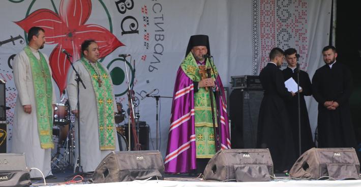 На ХІ етнодуховному фестивалі «Обнова-фест 2019» у Чернівцях встановили національний рекорд