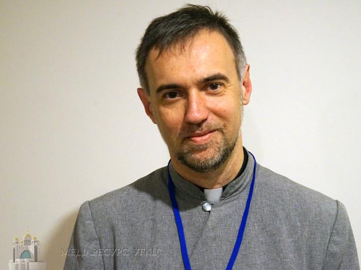 """""""Жива парафія буває тоді, коли присутній живий контакт з людьми"""", — о. Степан Угрин"""
