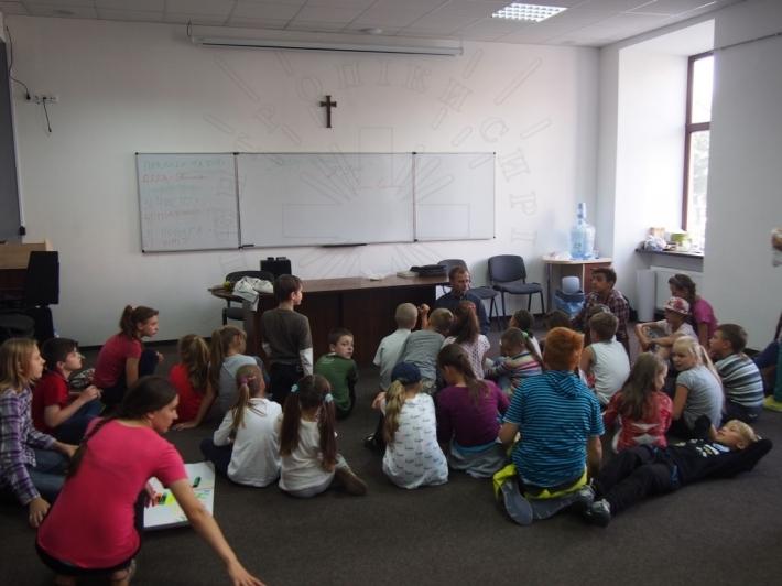 Центр опіки сиріт Львівської архиєпархії розпочав табір для дітей парафіян гарнізонного храму