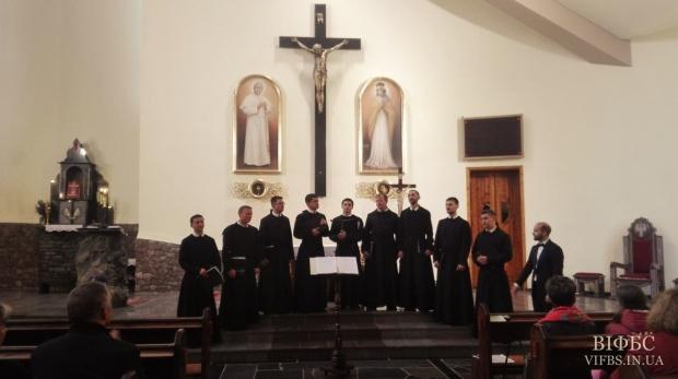 Монаший хор Василіанського інституту взяв участь у міжнародному фестивалі духовної пісні