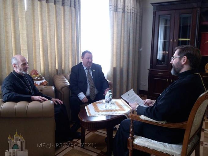 Блаженніший Святослав зустрівся з головою профспілок персоналу пенітенціарної служби Олегом Андрієнком