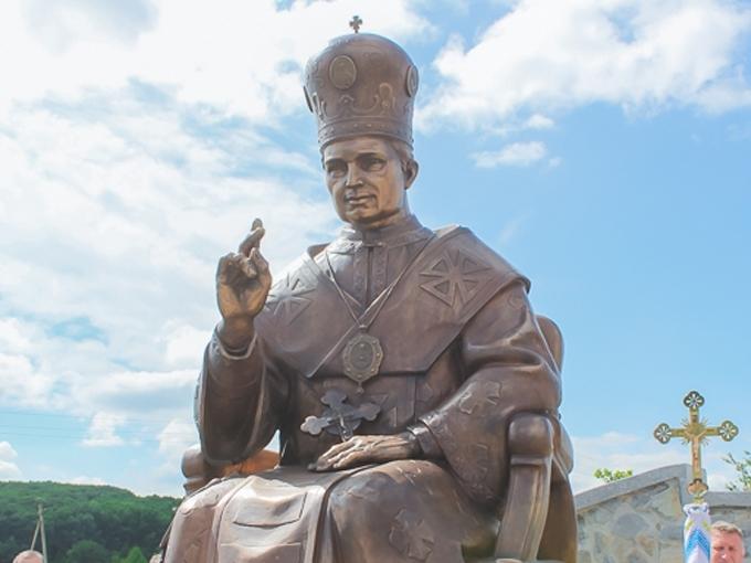 У Погоні освятили пам'ятник владиці Софронові (Дмитерку)