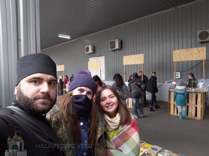 У Полтаві волонтери БФ «Карітас-Полтава-Всесвіт» долучилися до інтелектуальної книжкової барахолки «Літерафест»