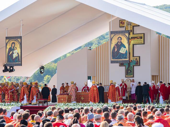 Папа Франциск звершив у Пряшеві Божественну Літургію св. Івана Золотоустого за участю Предстоятеля і єпископів УГКЦ