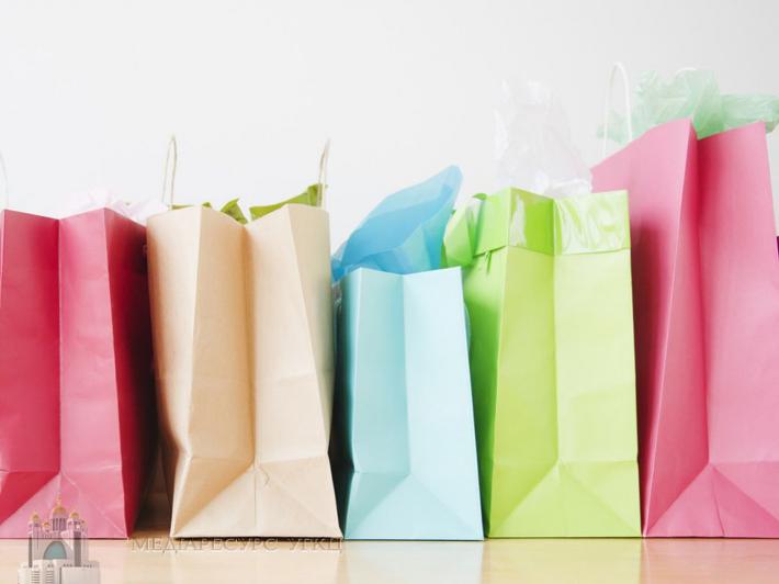 «Коли купуємо непотрібне – забираємо кошти з того, що дає нам радість, впевненість, розвиток», – фінансовий тренер