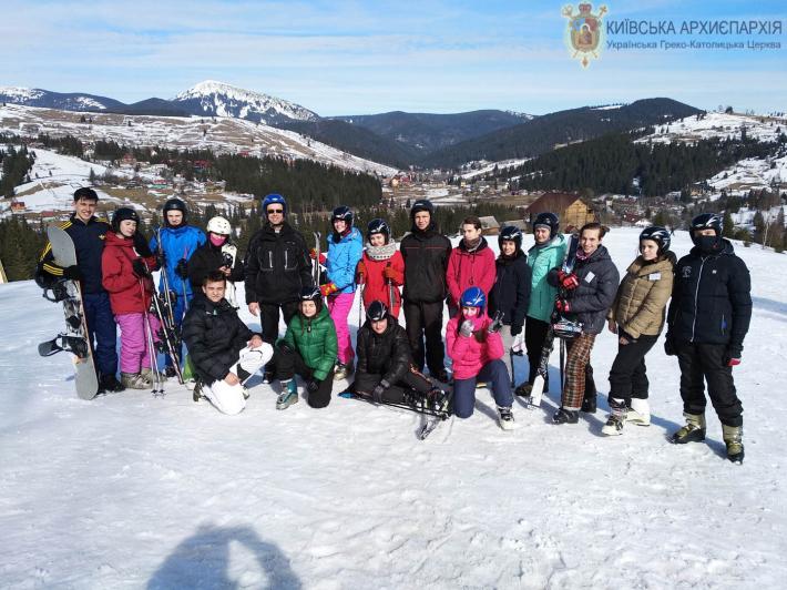 Молодь із Вінниці взяла участь у Зимовому таборі