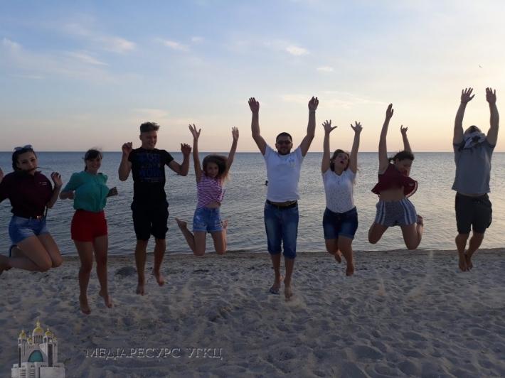 Молодь Харківського екзархату взяла участь у християнському таборі на морі