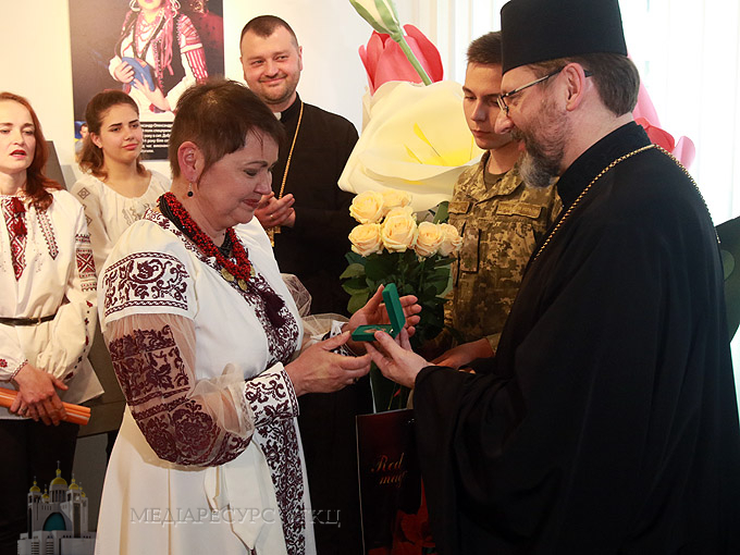 Мама Наталія Дубчак: «Я віддала свого сина за незалежність України і зробила б це знову». Дню матері присвячується
