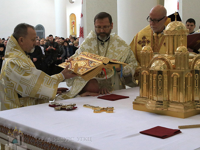 Нововисвячений єпископ Степан Сус: «Молячись щодня, згадуватиму всіх героїв, які на протезах починають кожен свій день»