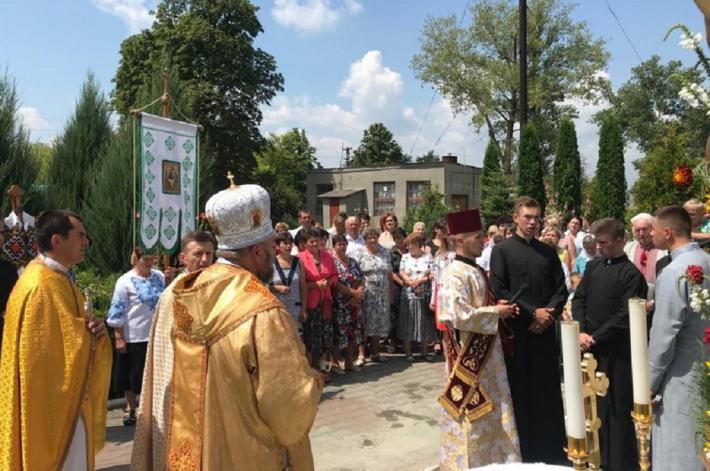 Архиєпископ і митрополит Тернопільсько-Зборівський візитував парафії с. Маначин, що на Хмельниччині