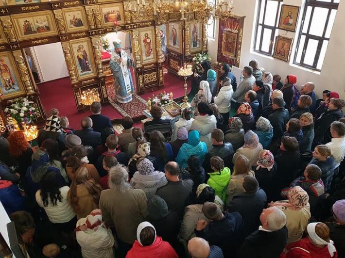 У Харківському екзархаті відбулася друга Всеекзархальна проща до Покотилівського монастиря