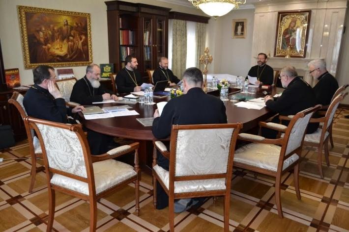 Про першу сесію Синоду Єпископів Києво-Галицької Митрополії УГКЦ