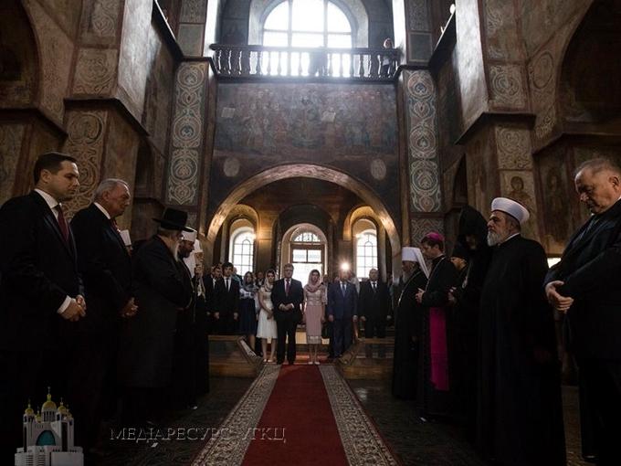 Блаженніший Святослав взяв участь у «Молитві за Україну» в Софійському соборі
