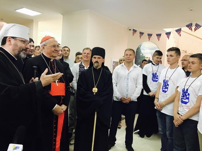 Кардинал Леонардо Сандрі та Блаженніший Святослав відкрили третю благодійну школу англійської мови на батьківщині патріарха Йосифа (Сліпого)