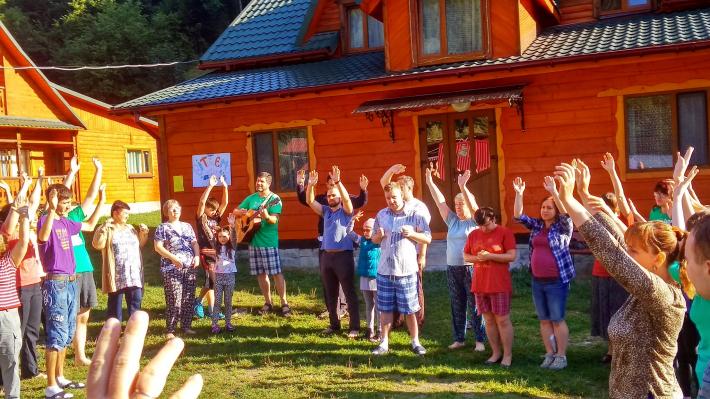 У Карпатах провели табір для учасників спільноти «Віра та світло»