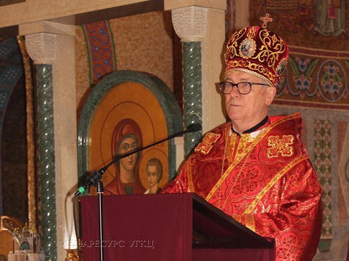 У Страсний четвер владика Діонісій очолив богослужіння у соборі Святої Софії