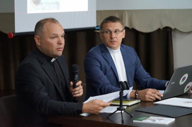 In Lviv, Patriarchal Curia employees were presented with the Project Activity Regulations