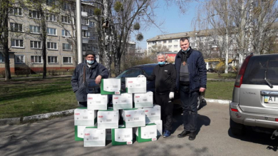 A military medical chaplain of Kyiv Archeparchy transferred P&G cleaning products to health-care facilities