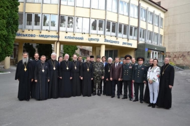 Bishops of UGCC Synod visited wounded soldiers from the ATO zone, who are being treated in Lviv