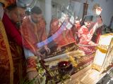На фото - виставлення Плащаниці у Патріаршому соборі Воскресіння Христового в Києві, 30 квітня 2021 року